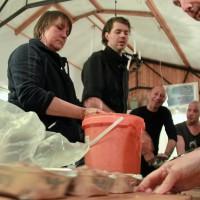 Paté maken in een emmer