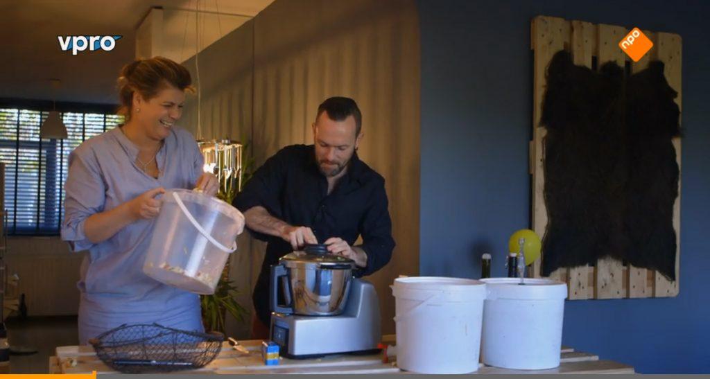 Vanavond maken Yvette en meneer cider in Koken met Van Boven