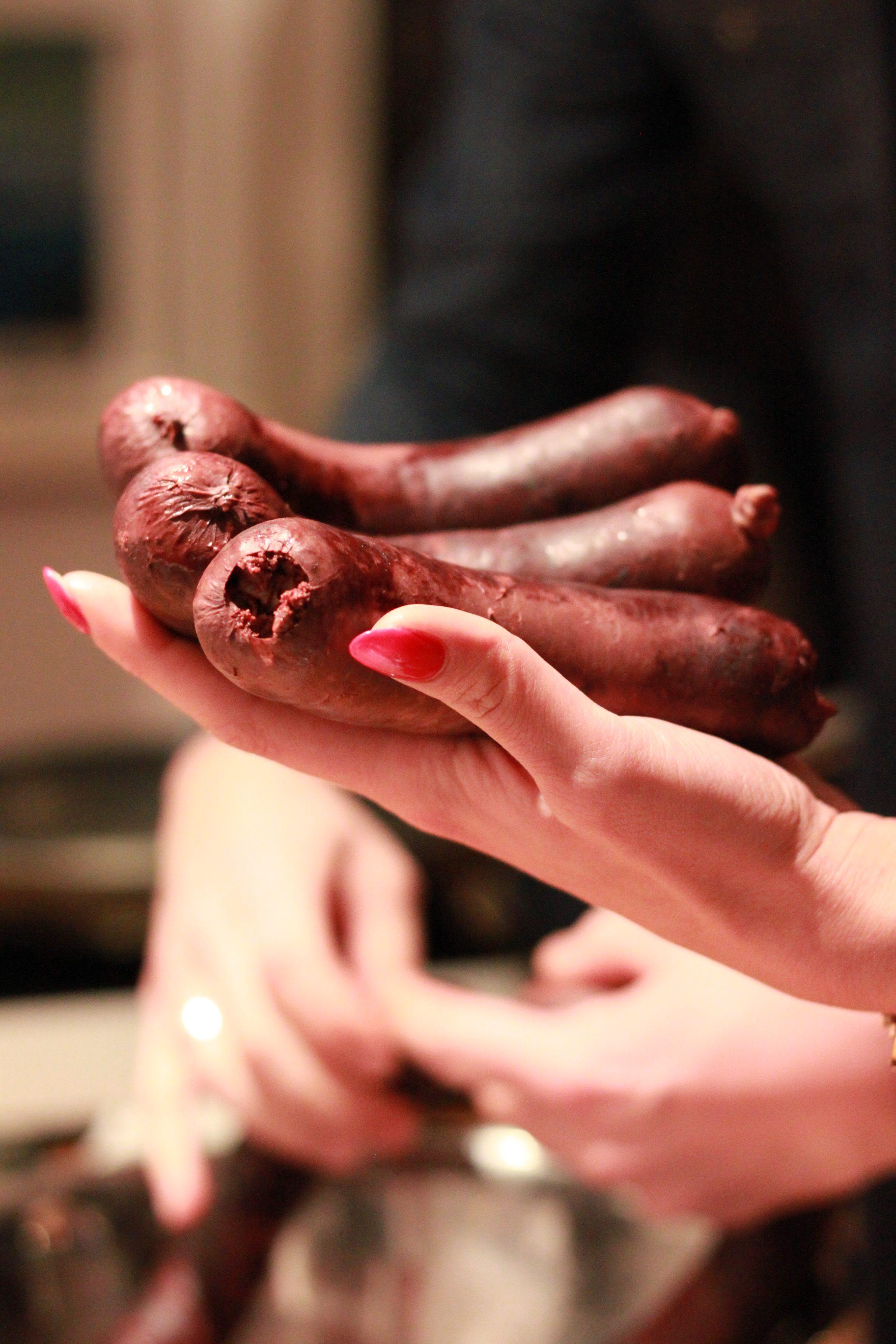 Bloedworst en rode nagels
