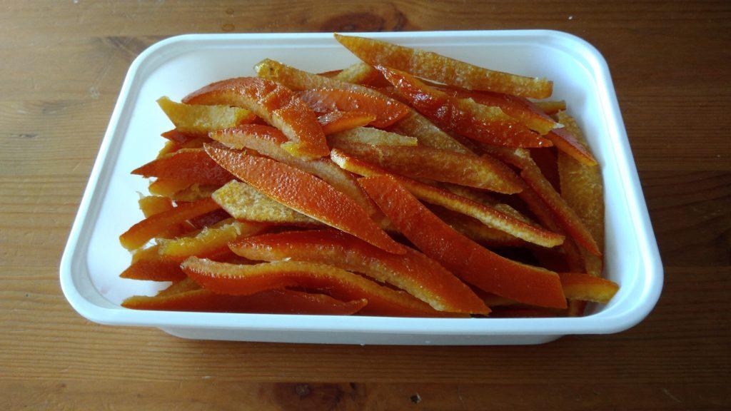 Mevrouw gasteetons maakt no waste sinaasappelen met de Instant Pot