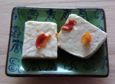 Mevrouw Gasteetons maakt gefermenteerde tofu en meneer krabt zich achter de oren
