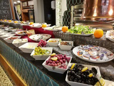 Meneer eet uit: 4 x Turks ontbijt in Amsterdam-Noord