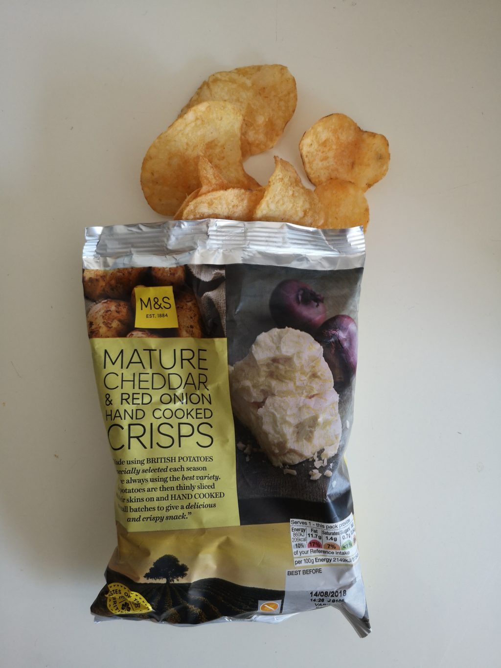 Chips van de week: Marks and Spencers Mature Cheddar